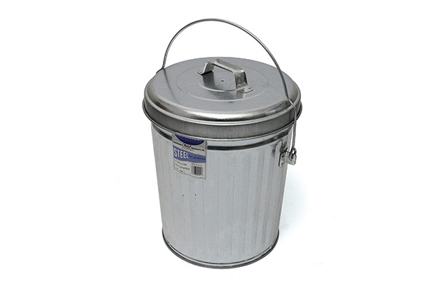 ITD1086 4 Gal Trash Can and Lid 2