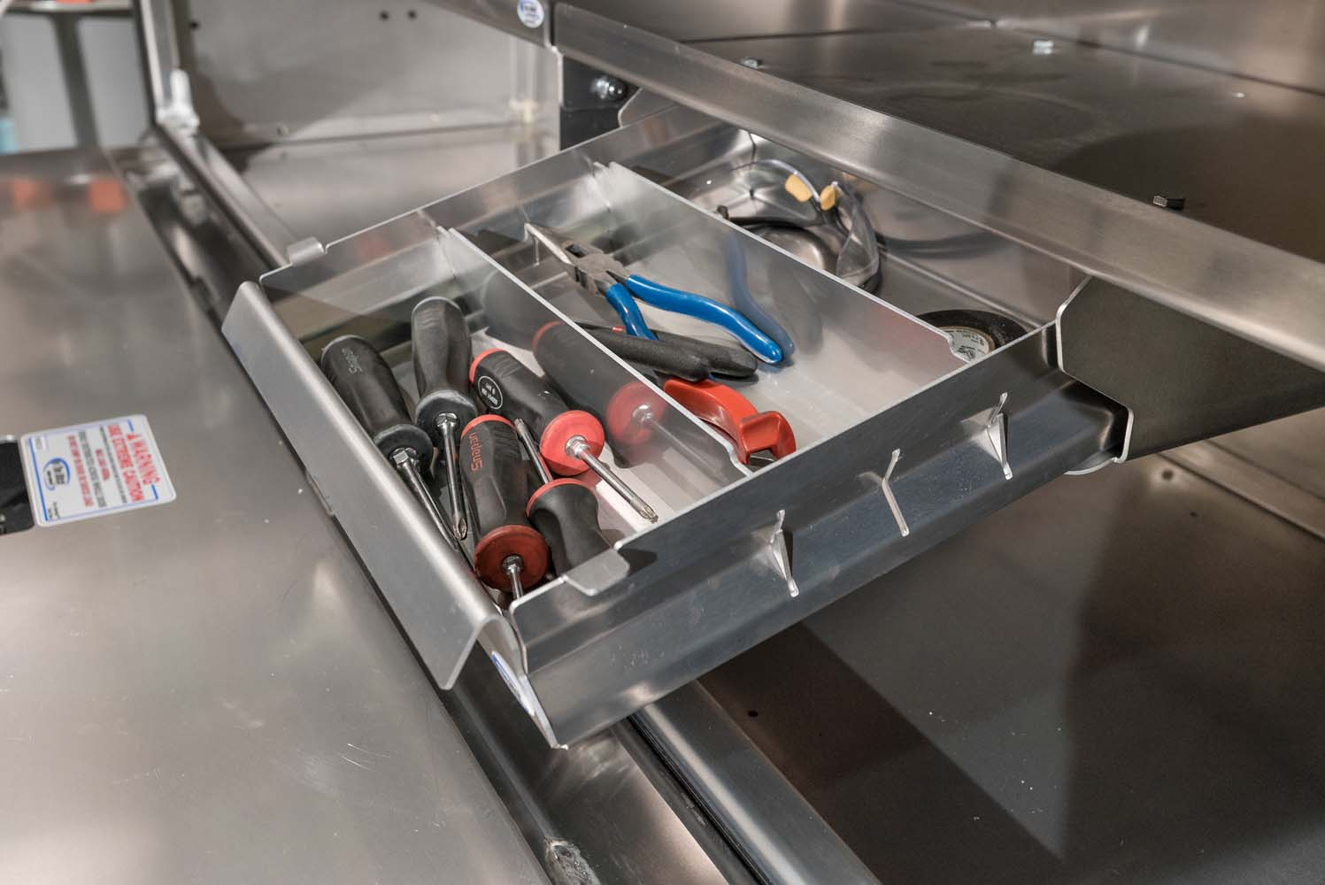 ITD1613 Slide Out Drawer 2 (1)