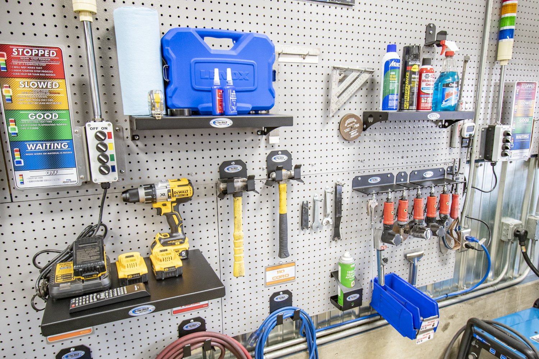ITD1833 12x16 metal wall shelf 08